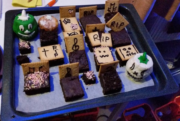 Halloween - Kuchenfriedhof